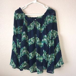 Navy Greenery Blouse!